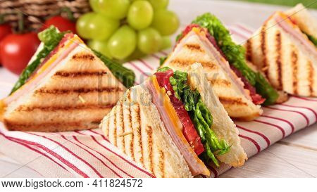 Andwich With Ham And Vegetables Tasty And Delicious Food Sandwich Fresh And Healthy Sandwich Eating