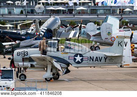 North American T-28b Trojan Aircraft In Us Navy Colors At The Paris Air Show. France - June 20, 2019