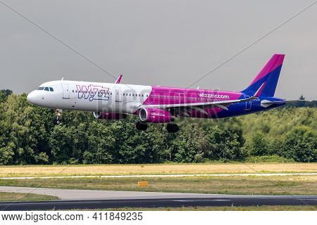 Wizz Air Airbus A321-231(wl) Passenger Plane Arriving At Eindhoven Airport. The Netherlands - July 2