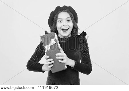 Oh My God. Happy Birthday. Retro Kid Fashion Style. Positive Girl In Vintage Beret With Gift Box. Tr