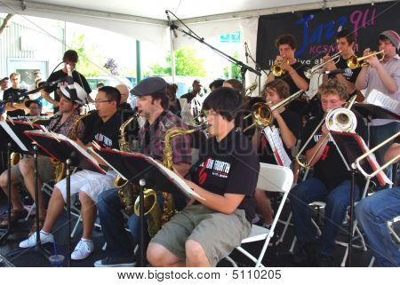 Berkeley High School Jazz Ensemble 01