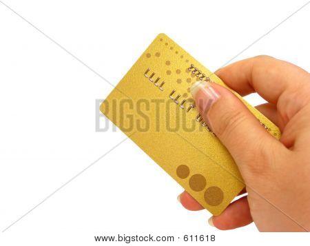 Ręka trzyma karty kredytowej (wycinek ścieżki uwzględniane)