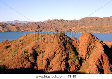 MOUNTAINS OF PARKER ARIZONA