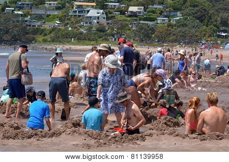 Hot Water Bech - New Zealand