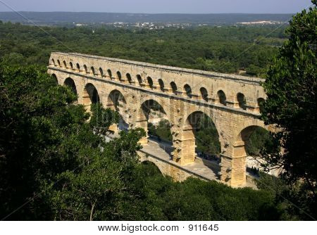 Pont Du Gard Arches