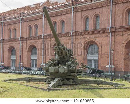 Ks-30 130-mm Anti-aircraft Gun (1952). Weight, Kg: Guns - 23500, Shell - 33