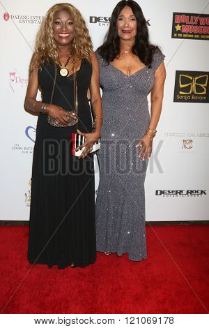LOS ANGELES - FEB 28:  Anita Pointer, Bonnie Pointer at the Style Hollywood Viewing Party 2016 at the Hollywood Museum on February 28, 2016 in Los Angeles, CA