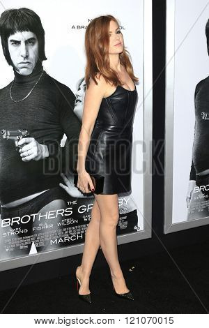 LOS ANGELES - MAR 3: Isla FIsher at the Premiere of 'The Brothers Grimsby' at the Regency Village Theater on March 3, 2016 in Los Angeles, California