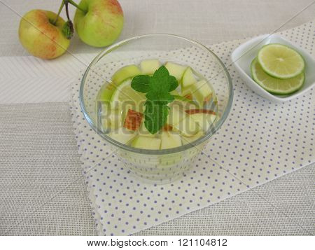 Detox water with apple, lemon and mint
