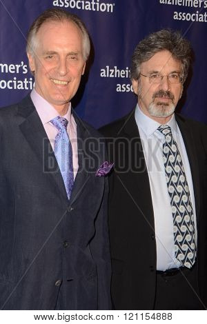LOS ANGELES - MAR 9:  Keith Carradine, Robert Carradine at the A Night at Sardis - 2016 Alzheimer's Association Event at the Beverly Hilton Hotel on March 9, 2016 in Beverly Hills, CA