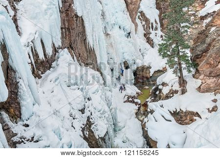 Ice Climbing Cliffs