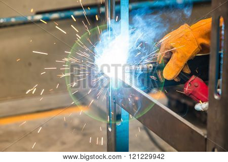 robotic gas metal arc welding