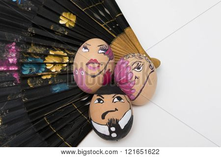 Three Retro Egg Face And Fan