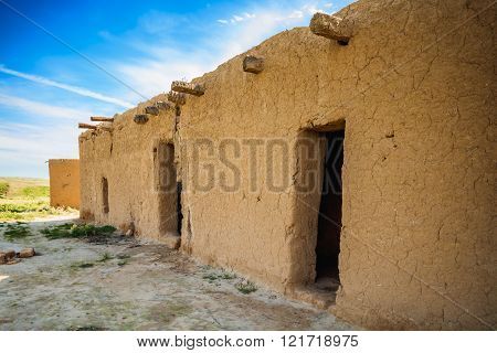 Abandoned building in Iraqi countryside near Kirkuk city