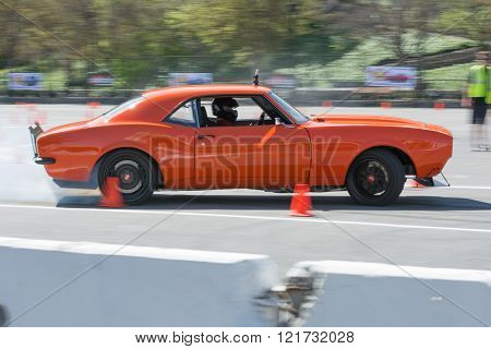 Chevrolet Camaro SS in autocross