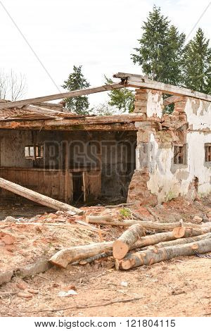 old destroyed an abandoned house. After effect of earthquake