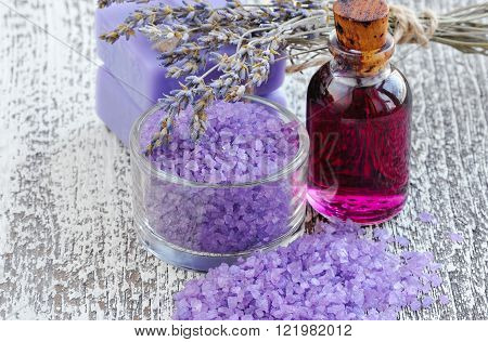Lavender Spa. Bath salt for aromatherapy and dried lavender