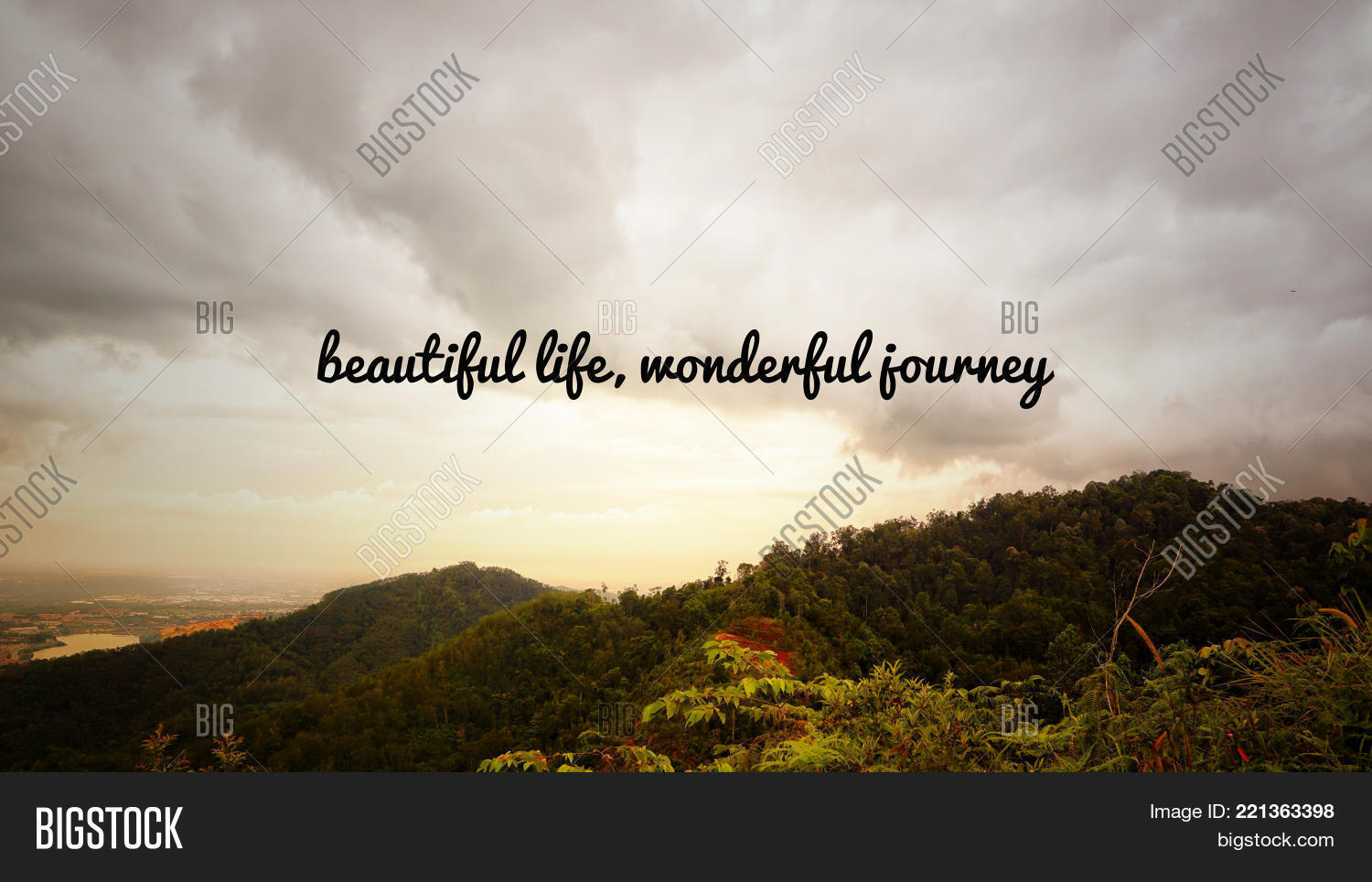Image of: Life Motivational And Inspirational Quotes Beautiful Life Wonderful Journey With Vintage Styled Background Bigstock Afbeelding En Foto gratis Proefversie Bigstock
