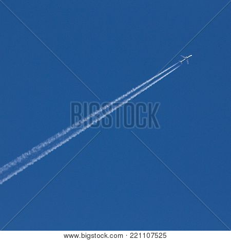 Jet traffic jet on a blue sky.