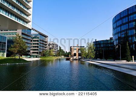 Modern District