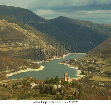 Lake Fiastra