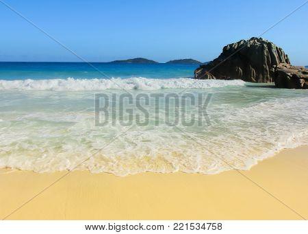Seascape Getaway Shore