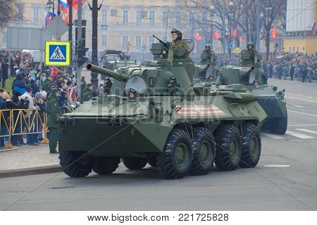 SAINT PETERSBURG, RUSSIA - MAY 09, 2017: Self-propelled artillery guns