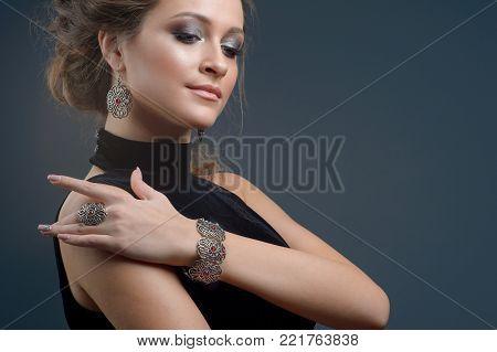 elegant fashionable woman with jewelry, Portrait of Pretty Girl with Jewelry