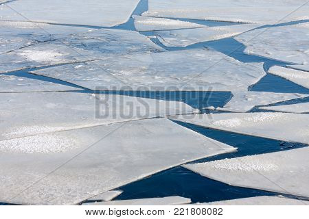 Frozen sea with pattern of big ice floes