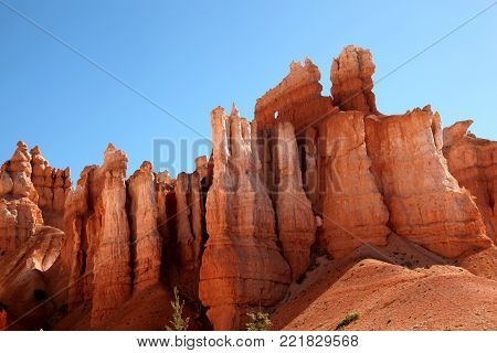 Pink and orange hoodoos of Bryce Canyon National Park
