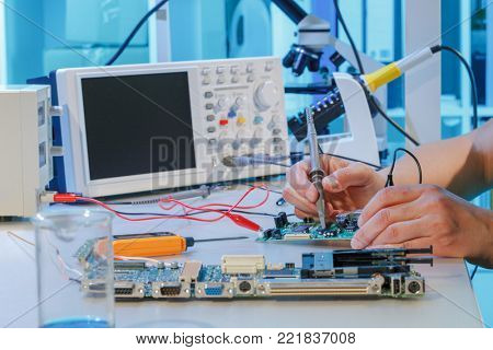 Repair of printed circuit boards with chips