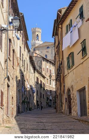 Walking up to the Town Hall (Palazzo dei Priori) - Volterra, Tuscany, Italy