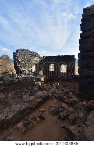 Bushiribana gold mine ruins in Aruba along the coast