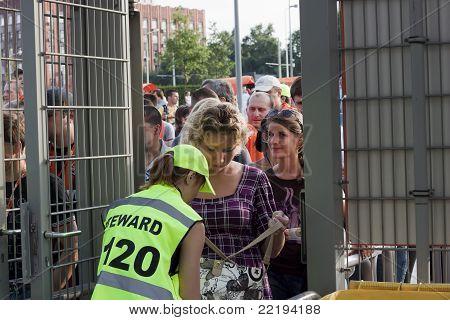 Female Steward Checks