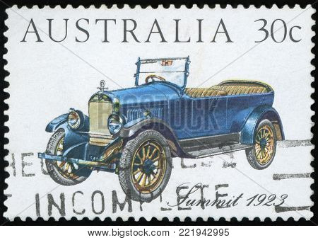 AUSTRALIA - CIRCA 1984: a stamp printed in the Australia shows Summit 1923, Australian-made Vintage Car, circa 1984