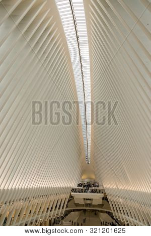 New York , Ny Usa - April 20, 2019 , View Of The New Trasnsportation Hub, The Oculus, In Downtown Ma