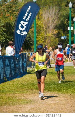Hispanic Norcal Marathon Runner