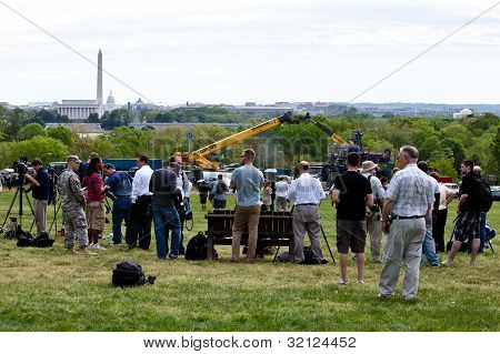 People Waiting For Space Shuttle Discovery, To Fly Over The Washington, D.c. Area
