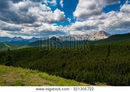 Beautiful Mountain Scenery