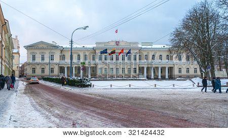 Vilnius, Lietuva - 05.01.2019: The Vintage Building In Vilnius City, Winter In Vilnius.