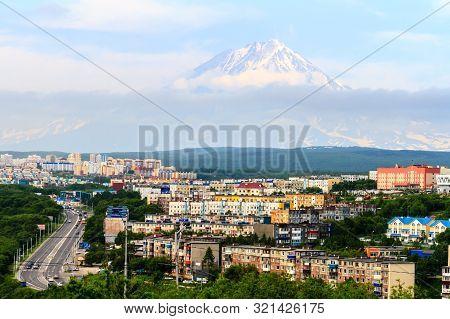 Petropavlovsk-kamchatsky, Russia - July 16, 2018: View Of The City Petropavlovsk-kamchatsky On Backg