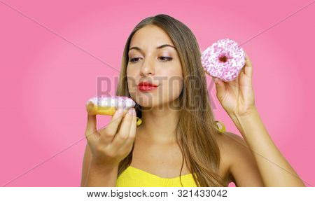 Healthy Eating, Summer, Weightloss, Healthcare, Bodycare Lifestyle. Close Up Portrait Of Attractive