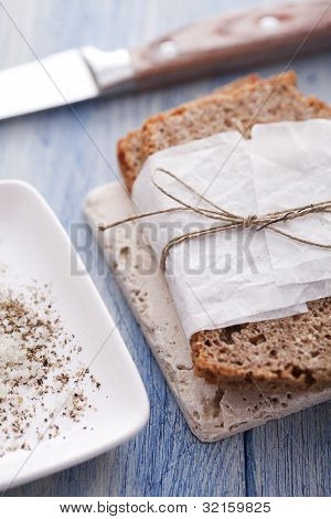 wholemeal bread with salt and pepper