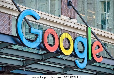 Fulton Market, Chicago-may 4, 2019: Front Entrance And Brand Sign To Google Corporate Office On Morg