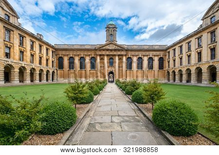 OXFORD,UK - AUGUST 17,2019 : The Queen's College at the University of Oxford