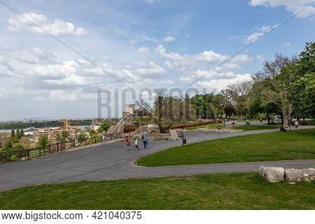 Belgrade, Serbia - May 2, 2021: Historic Belgrade Fortress And Kalemegdan Park In Belgrade, Capital