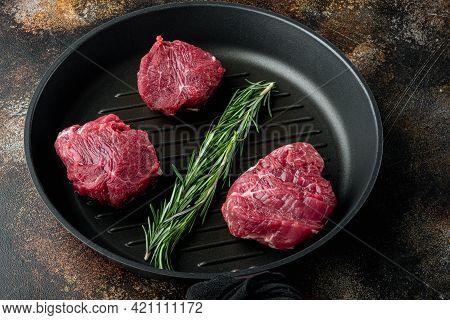 Raw Meat Beef Steak. Black Angus Prime Meat  Set, Filet Mignon Tenderloin Cut, In Cast Iron Frying P