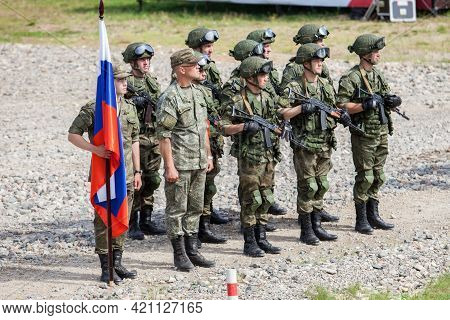 Military Competition Army2018 A Platoon Of Russian Army Soldiers With The Flag Of The Russian Federa