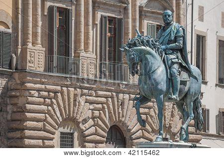 C�simo Di Giovanni Degli M�dici Statue In Florence, Italy