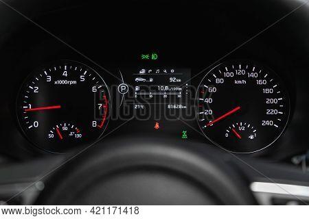 Novosibirsk, Russia - May 16, 2021: Kia Sportage, Speedometer, Tachometer And Steering Wheel Speedom